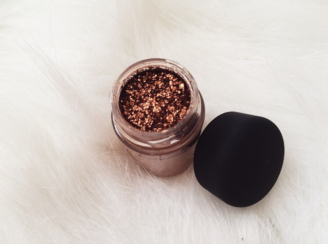 Copper Sparkle Pigment by MAC